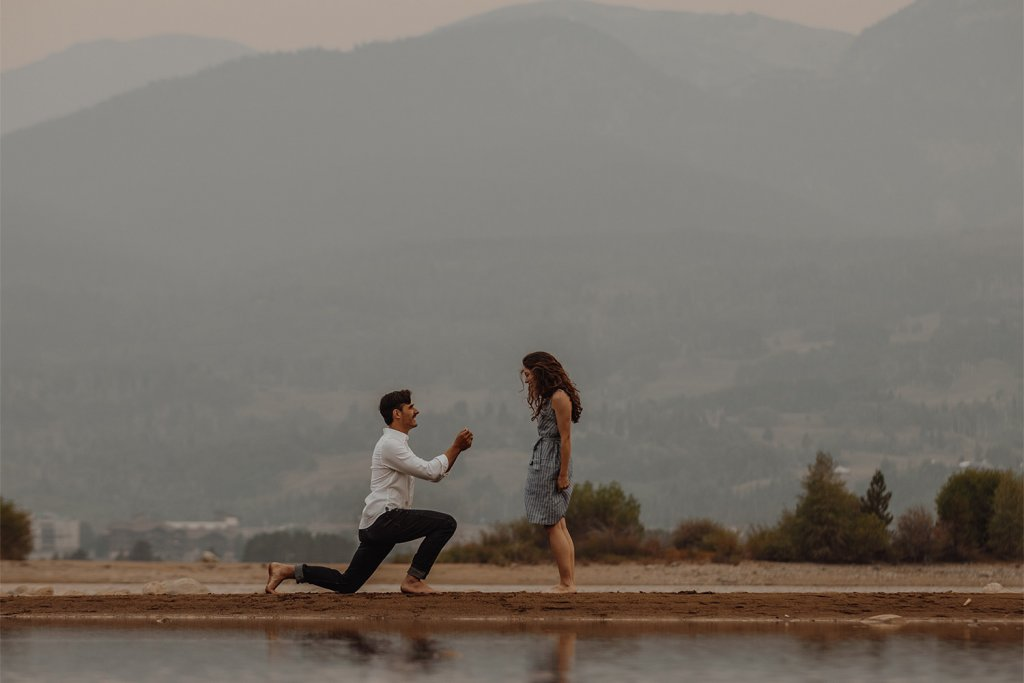 Man proposing to woman - Plan your dream engagement party, Elegant Events by Michalea, Palm Beach Wedding & Event Coordinator